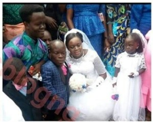 , Nigerian Dwarf Weds His Tall Bride (Photos), Effiezy - Top Nigerian News & Entertainment Website