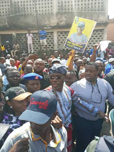 , #LagosAPCPrimaries: See the massive crowd that welcomed Jide Sanwo-olu at his ward (Photos), Effiezy - Top Nigerian News & Entertainment Website