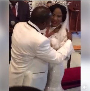 Angry Bride Refuses To Kiss Her Groom At The Altar, Pushes Him Away. (Watch Video))
