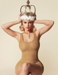 Kylie Jenner shows off her curves in sultry new photos