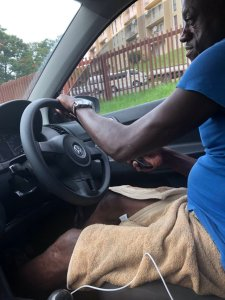 Taxify driver shows up in towel to pick up rider