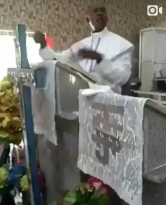 """Nigerian Pastor Uses The """"Fuck Word"""" In Church While Preaching (Video)"""
