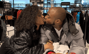 ASSURANCE!! Davido and Chioma share passionate kiss as they reunite in London