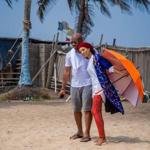 , Singer Dija Shares Photo Of Her Husband Rotimi And Children At The Beach (Photos), Effiezy - Top Nigerian News & Entertainment Website