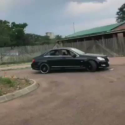 WOW!! Watch how a small kid drove a Mercedes Benz to school (Video)