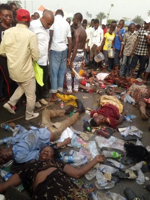 , Nigerians React As Many Die During Stampede At APC Rally In Port-hacourt, Rivers, Effiezy - Top Nigerian News & Entertainment Website
