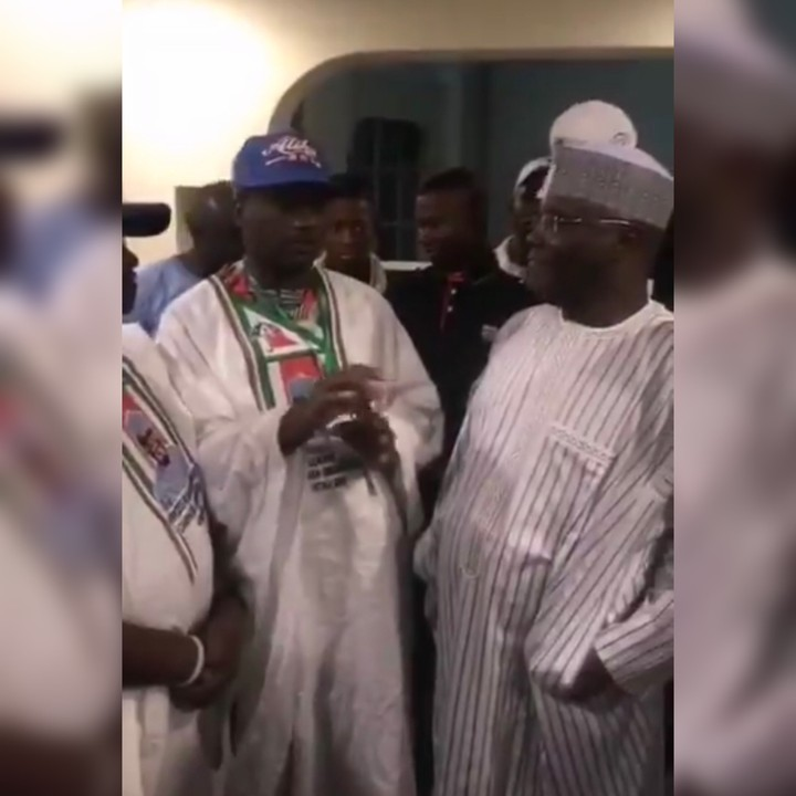, PDP Youth Leaders Updating Atiku On How They Paid 200K To Groups For Campaigns (Video), Effiezy - Top Nigerian News & Entertainment Website