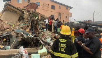 , Building collapses in Lagos, one dies, six rescued., Effiezy - Top Nigerian News & Entertainment Website