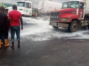 Tanker accident causes gridlock along  Expressway.