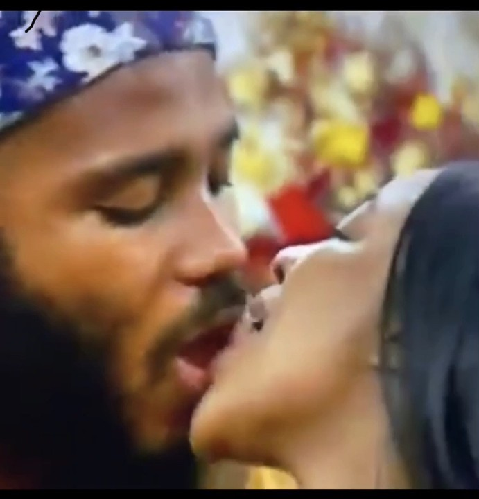 Erica & Kiddwaya, Erica & Kiddwaya Caught Kissing Hours After She Called Off Their Relationship, Effiezy - Top Nigerian News & Entertainment Website