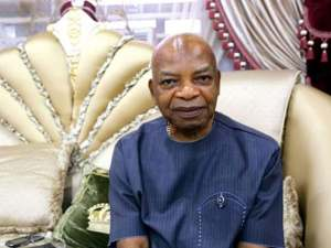Arthur Eze berates Ngige over call for banishment of Anambra traditional rulers