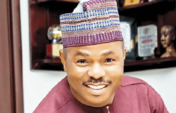 Yinka Ayefele inaugurates new radio station