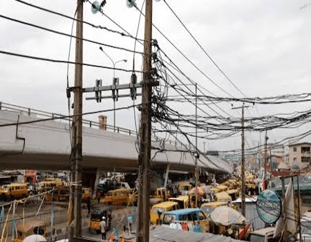 Boy 24, eletrocuted in Onitsha while playing football with friends after EEDC cable cut off