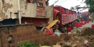 Truck crashed into three-storey building in Niger State