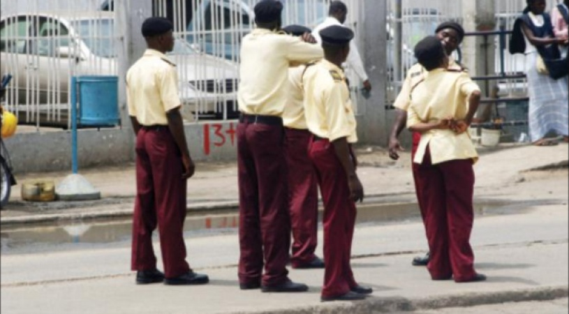 Lagosians panic over police, lastma absence on roads