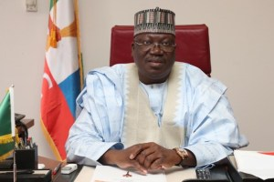 Lawan: N'Assembly will ensure justice for victims of alleged SARS abuse, Lawan: N'Assembly will ensure justice for victims of alleged SARS abuse, Effiezy - Top Nigerian News & Entertainment Website