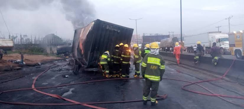 No life lost to fire incident on Otedola Bridge – Police