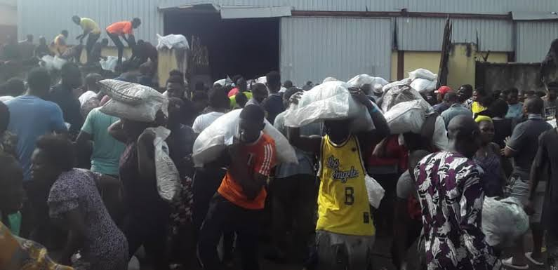 Lagos Government condemn the looting of food palliative warehouse at Mazamaza