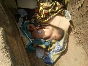 , Newborn baby found inside gutter in Benue (disturbing photos), Effiezy - Top Nigerian News & Entertainment Website