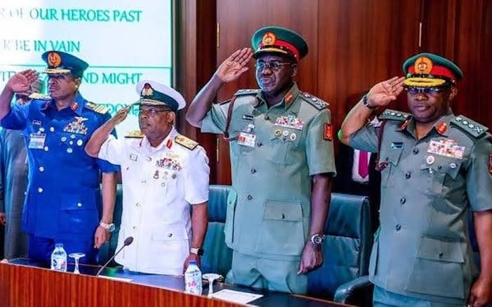 , Nigerian officers jubilate as Buhari removes Service Chiefs, appoints new Chiefs of Staff, Effiezy - Top Nigerian News & Entertainment Website