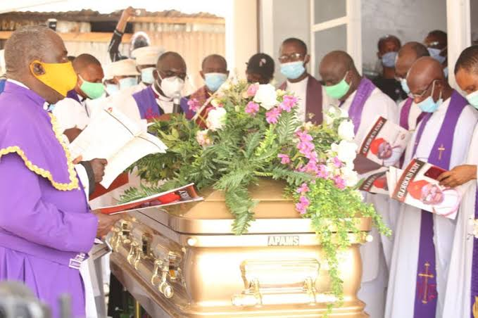 , Okowa's father laid to rest, Effiezy - Top Nigerian News & Entertainment Website