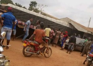 Many killed as Dangote truck rams into beer parlour in Enugu (photos)