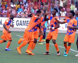 Sunshine Stars, Nassarawa United match ends abruptly as referees allege threat to life
