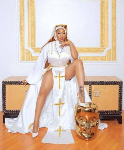 , Celebrity stylist, Toyin Lawani trigger reactions with nun-themed photos, Effiezy - Top Nigerian News & Entertainment Website