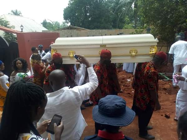 Morocco Maduka, Morocco Maduka buried in Anambra (Photos), Effiezy - Top Nigerian News & Entertainment Website