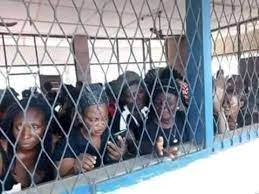 Inmates freed as attackers blow up Owerri prison, police headquarters