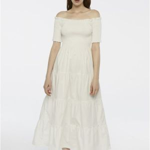 white dress hen party occasion