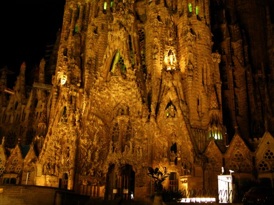 Sagrada Familia Gaudi Tour in Barcelona