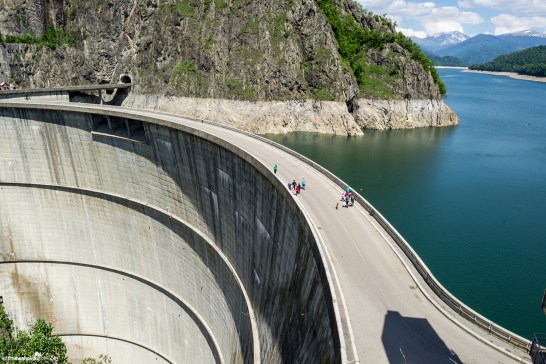 Vidraru Lake - the third stop on the Transfagarasan road