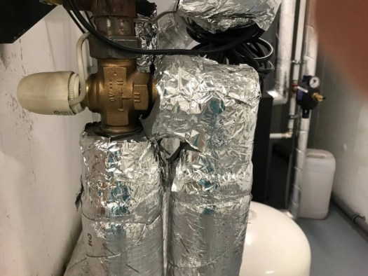 Well insulated hot water pipes