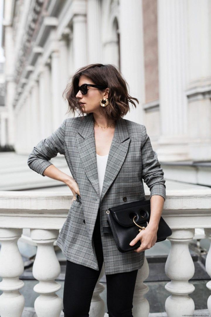 Combinar chaqueta gris de lana