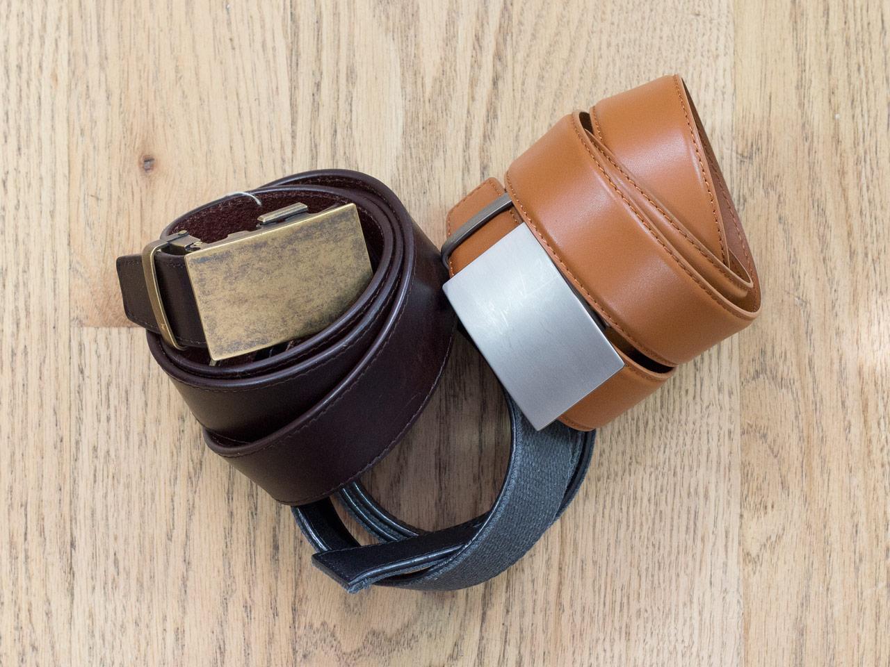 effortless essentials minimalist wardrobe - accessories_belts