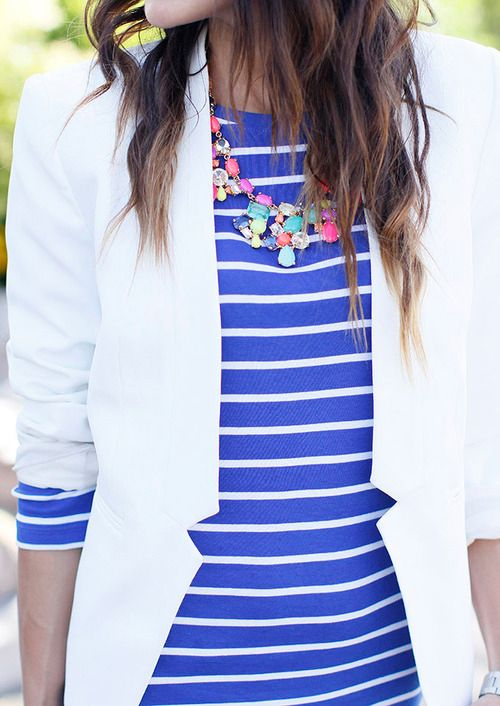 10 Ways to Wear a White Blazer Stripes