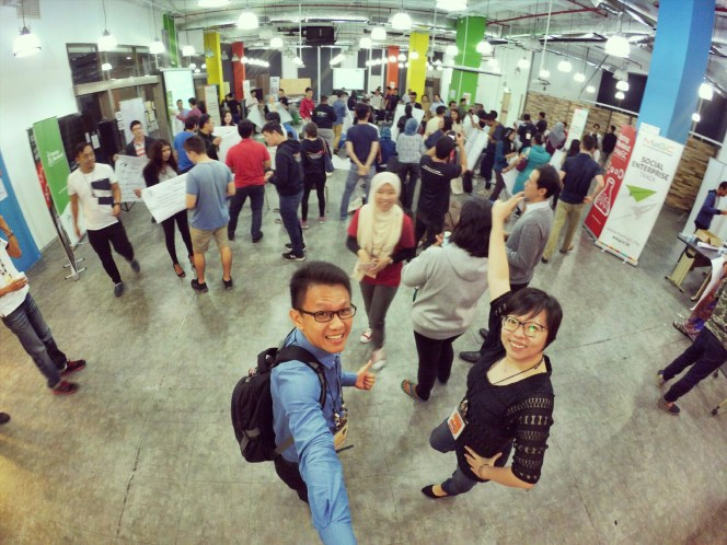 startup-weekend-at-magic-cyberjaya-malaysia-powered-by-google-for-entrepreneurs-social-enterprise-edition-raymond-ong-and-effye-ang-effye-media-online-advertising-a13