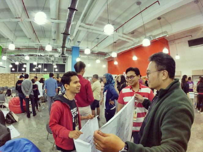 startup-weekend-at-magic-cyberjaya-malaysia-powered-by-google-for-entrepreneurs-social-enterprise-edition-raymond-ong-and-effye-ang-effye-media-online-advertising-a22