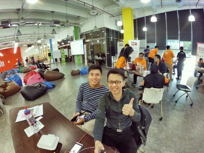 startup-weekend-at-magic-cyberjaya-malaysia-powered-by-google-for-entrepreneurs-social-enterprise-edition-raymond-ong-and-effye-ang-effye-media-online-advertising-a72
