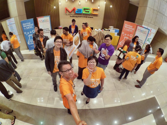 startup-weekend-at-magic-cyberjaya-malaysia-powered-by-google-for-entrepreneurs-social-enterprise-edition-raymond-ong-and-effye-ang-effye-media-online-advertising-a79