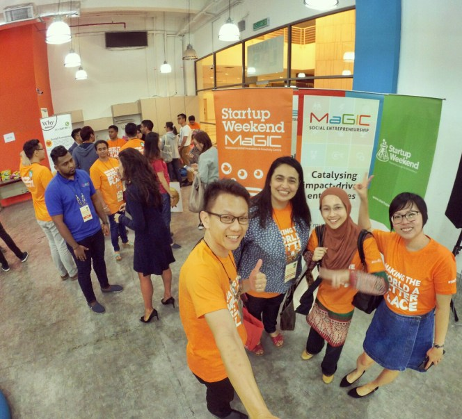 startup-weekend-at-magic-cyberjaya-malaysia-powered-by-google-for-entrepreneurs-social-enterprise-edition-raymond-ong-and-effye-ang-effye-media-online-advertising-a90
