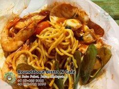 马来西亚柔佛峇株巴辖龙猫特色中西餐厅 复古式建筑咖啡厅 峇株巴辖地标交通圈小酒馆 公司聚会 庆生派对 Batu Pahat Roudabout Bistro N Cafe PB01-07