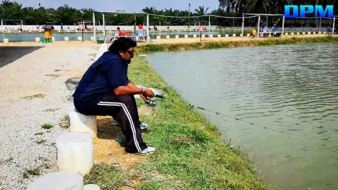 Kolam Memancing Simpang Sikon - Kolam Memancing Ikan Parit Raja Batu Pahat Johor Malaysia B14