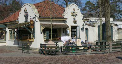 Nieuw terras en interieur bij de Gelaarsde Kat
