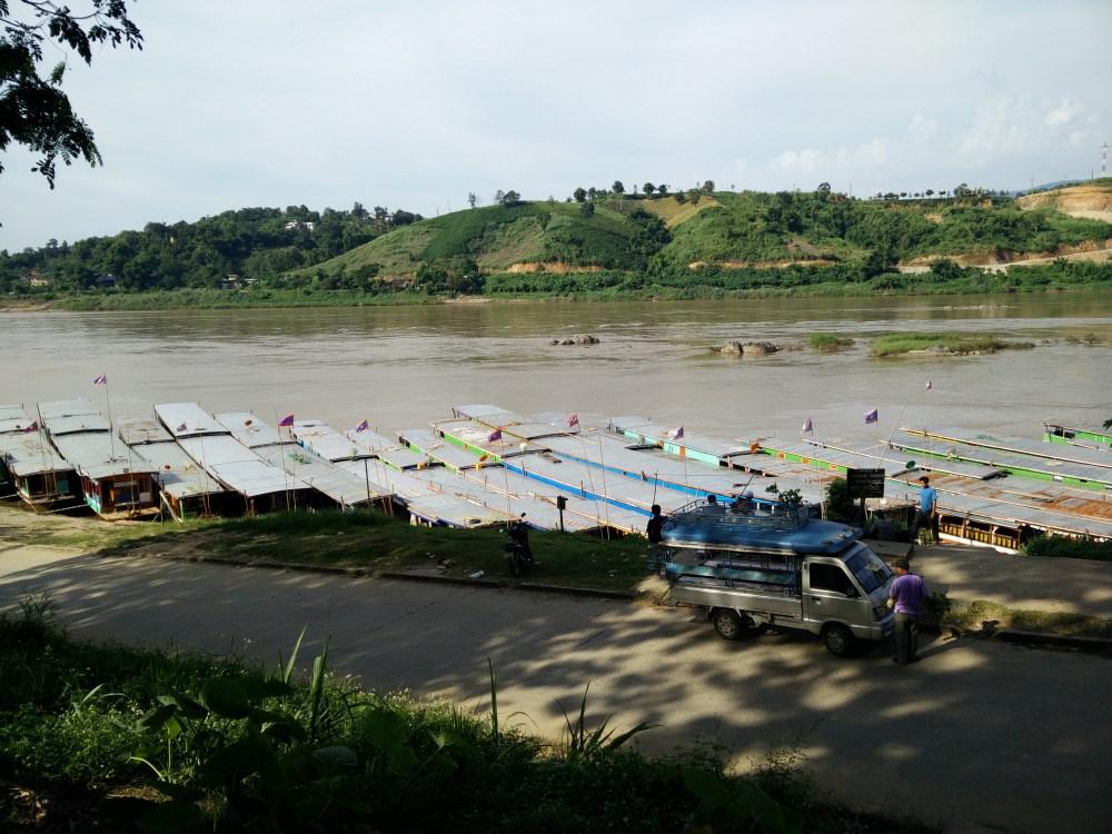 Boat journeys, waterfalls and tubing - Luang Prabang, Vang Vieng and Vientiane (2/6)