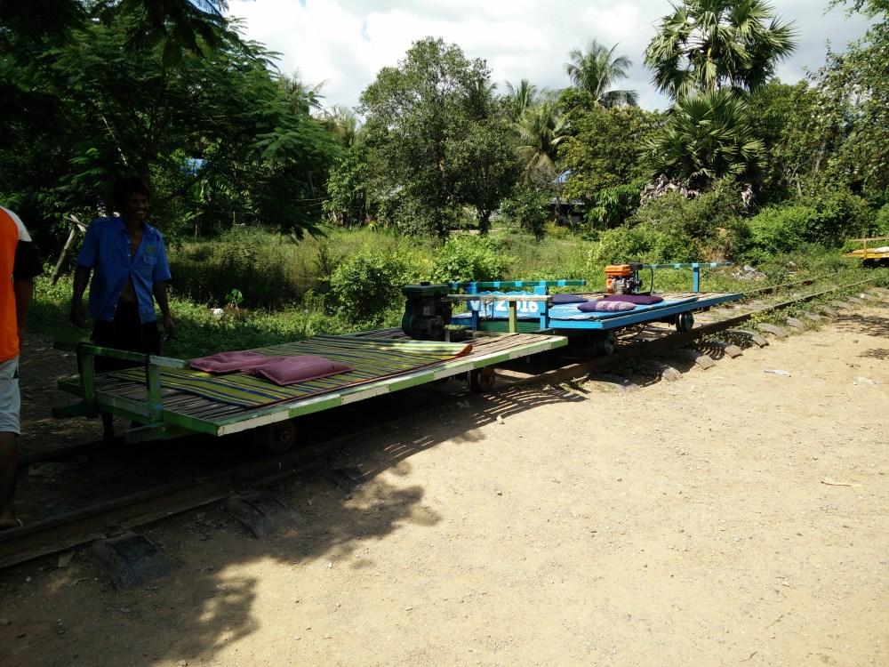 Bamboo train, 4 million bats, beach day and the killing fields - Battembang, Sihanoukville and Phnom Penh (2/6)