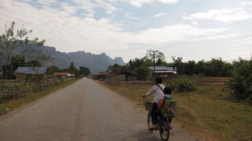 thakhek road_01
