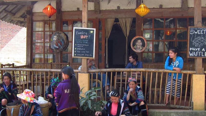 Luckydaisy's bamboo bar, sapa, Vietnam