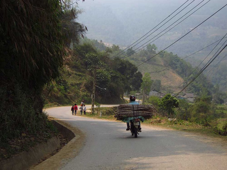 Y Ty Loop, north Vietnam, motorbike
